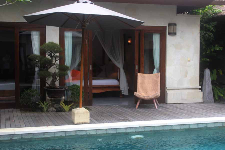6-Bedroom-Villa-Robins-Place-Bali-02
